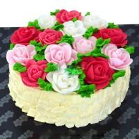 Best Mom's Rose Basket Cake